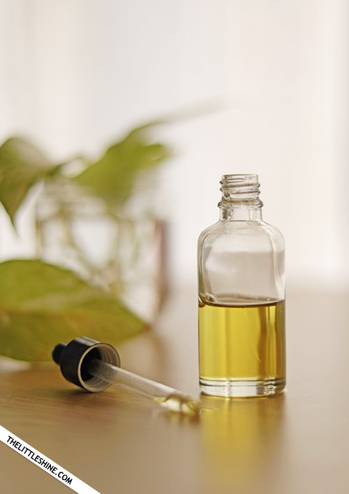 JOJOBA OIL for glowing skin and shiny hair